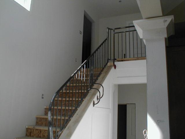 Wrought_iron_railing_johnnys_house