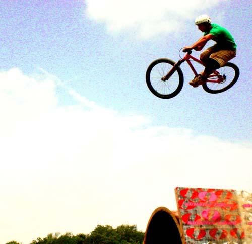 Derek_jumping